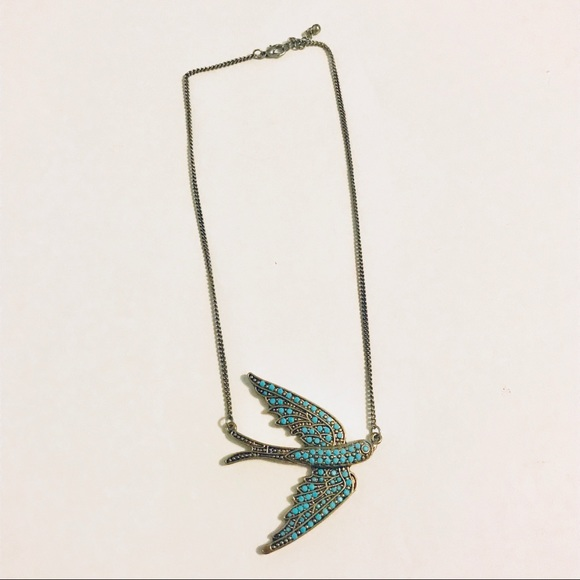 Old Navy Jewelry - Turquoise bird necklace